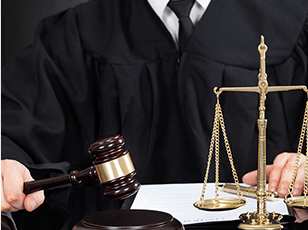 Can a victim sue after a car accident?
